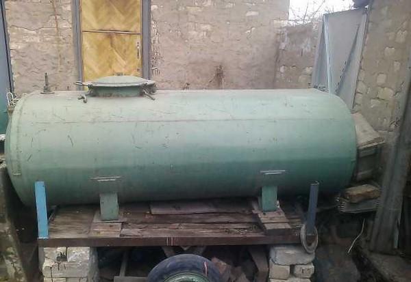 20 litrų talpos atsargų sandėliavimo galimybės